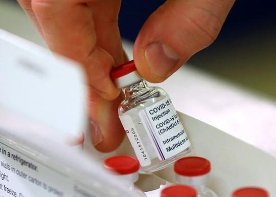 Vắc-xin Covid-19 đầu tiên được Bộ Y tế cấp phép lưu hành tại Việt Nam